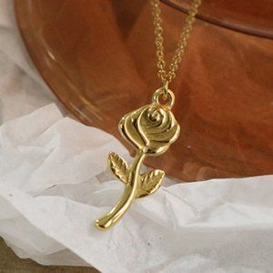 NEW 18K Gold Plated Rose Flower Pendant Necklace